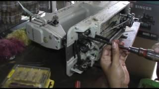 REPAIR A TYPICAL INDUSTRIAL SEWING MACHINE GOT STUCK   MEMPERBAIKI MESIN JAHIT INDUSTRI MACET 19 09