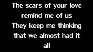 Repeat youtube video Rolling in the Deep ~ ADELE~ Lyrics