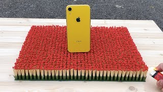 iPhone XR vs 10 000 Matches