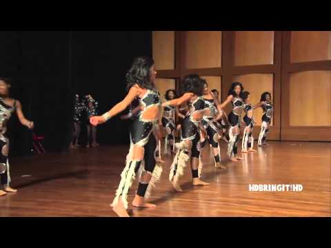 Dancing Dolls vs. Purple Diamonds - Battle Royale 2015 (Medium Stand)
