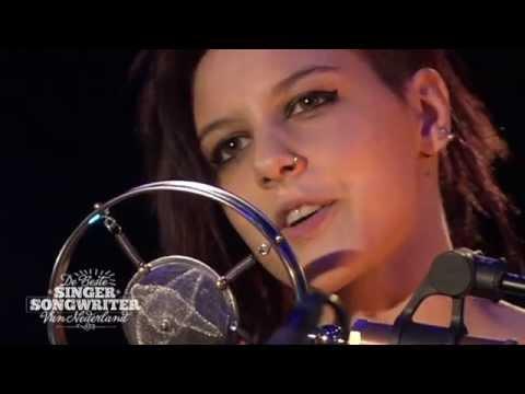 LAKSHMI: Bones & Cigarettes - De Beste Singer-Songwriter van Nederland