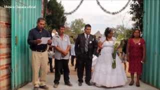 Tradicional boda en un pueblo de México: Ocotlán Oaxaca(2/3) thumbnail