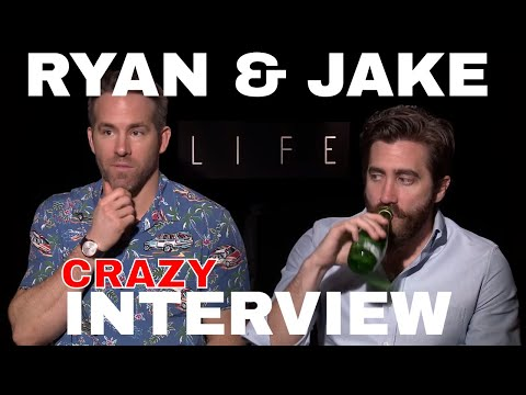Ryan Reynolds & Jake Gyllenhaal Awkward interview for LIFE film