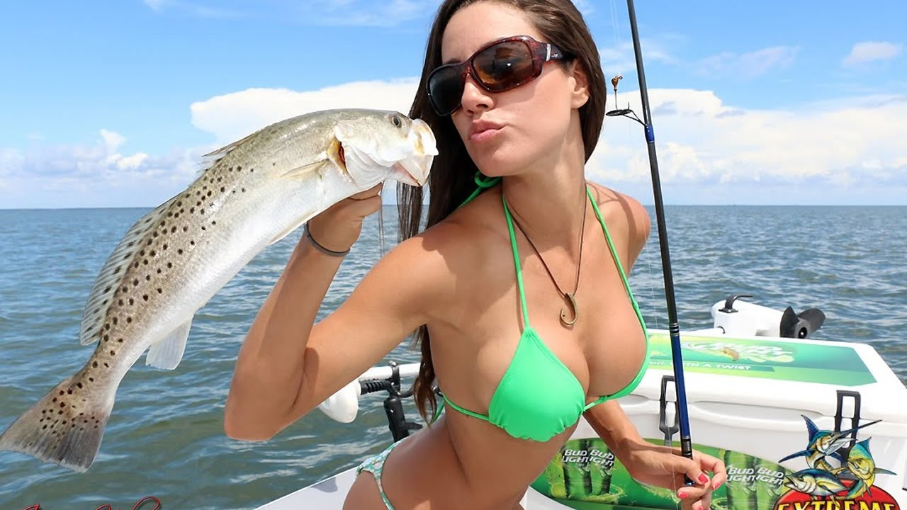 Amazing Sexy Girl Fishing In Florida - Youtube-1105