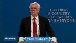 Davis Says U.K. Preparing Plans for No-Deal Brexit