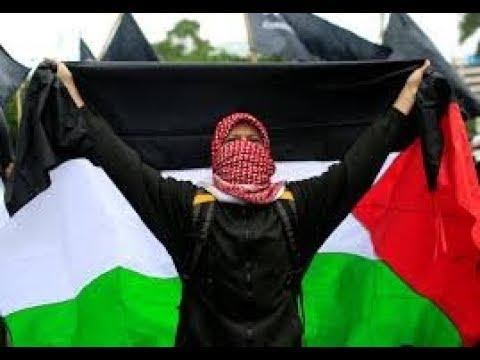 Breaking news - Hardline Indonesian Muslim groups burn US and Israeli's flags