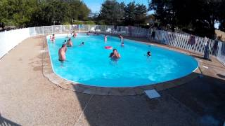 Camping le roc rocamadour france alan rogers for Camping rocamadour piscine