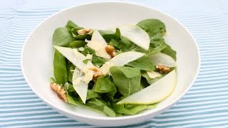 Easy recipe: How to make pear, rocket and walnut salad