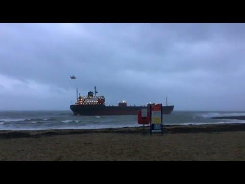 شاهد: جنوح سفينة شحن روسية قبالة سواحل انكلترا  - نشر قبل 33 دقيقة