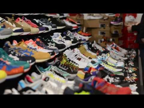 A SNEAKERS PERSPECTIVE