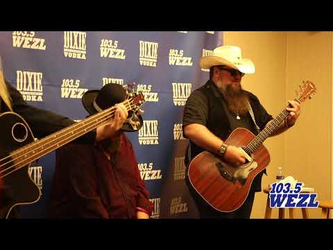 Dixie Vodka Performance Lounge - Sundance Head Performs Leave Her Wild