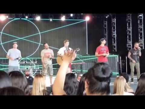 backstreet-boys-soundcheck:-trust-me-(concord,-ca)