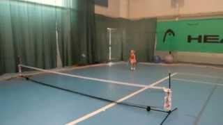 Алена 4 года большой теннис для маленьких детей