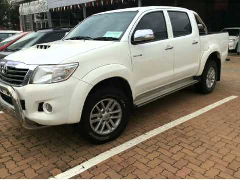 2012 TOYOTA HILUX 3.0D4D    Auto For Sale On Auto Trader South Africa
