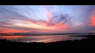 Repeat youtube video Μικρή Πατρίδα - Χαρούλα Αλεξίου