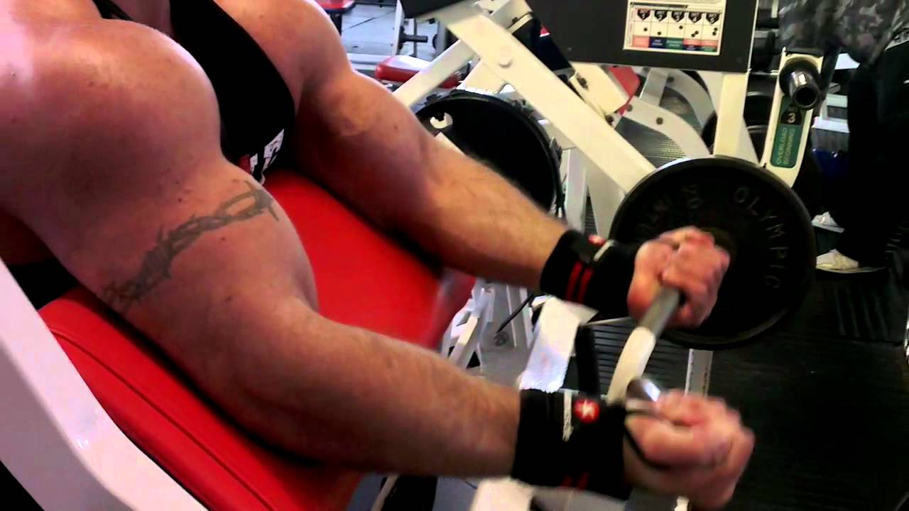 bicep curls at muscle limit gym 17th june 2012 - youtube, Muscles
