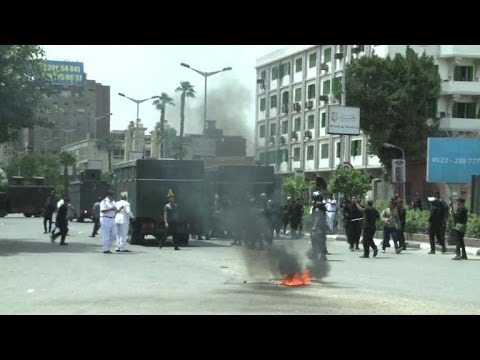 New clashes between students and police in Cairo