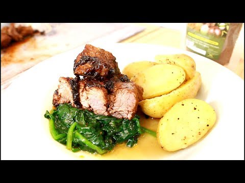 Sunday dinner for Mother's Day this Sunday/ Pan fried steak new potatoes steam spinach