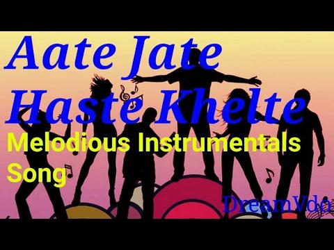 Aate Jaate Hanste Gaate Lyrics & Song Maine Pyar Kiya