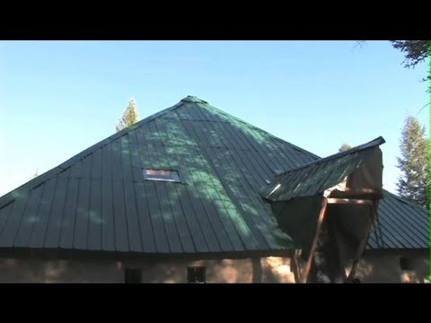 My Life In An Off The Grid Solar Powered Pyramid- Entire Film!!