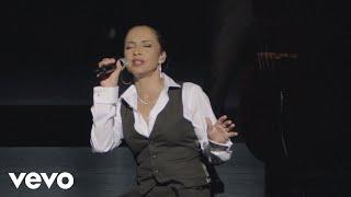 Sade - Jezebel (Live 2011)