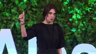 Kızlar Kardeşini Doğuruyor | Büşra Sanay | TEDxAlsancak