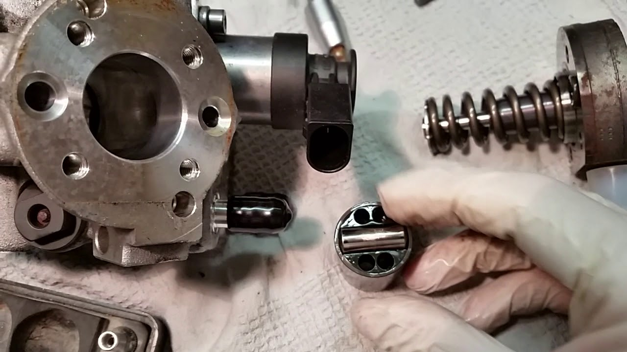 Diesel Hochdruckpumpe defekt , Tiguan 5N 2.0 TDI BJ 2009 ...