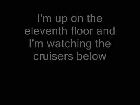 David Bowie -  Queen Bitch (Lyrics)