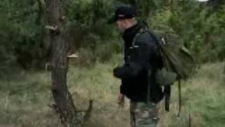 Jak zrobić schronienie [Survival] - cz. 1 [ spryciarze.pl ]