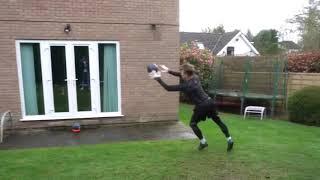 Ловля мяча в падении