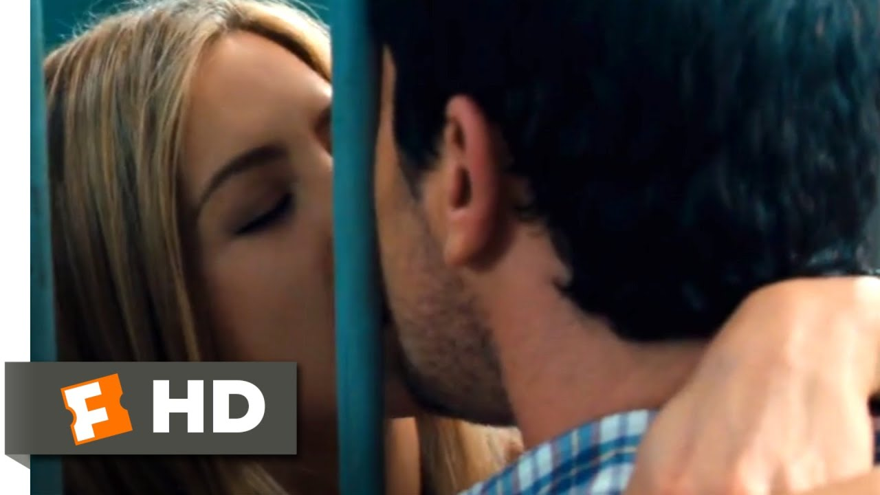 Download The Bounty Hunter (2010) - Lockup Makeout Scene (10/10)   Movieclips