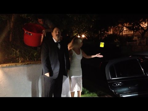 Jon Landau unexpectedly takes the #IceBucketChallenge