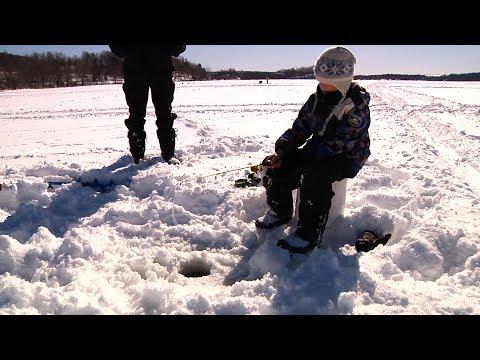 Ice Fishing In The NEK [SIV258]