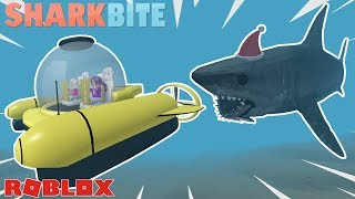 THE SUBMARINE AND MILITARY BOAT! 🚤🦈 / Roblox: Sharkbite
