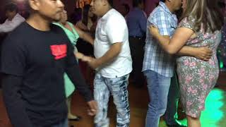 GRUPO SUPERLOBO EN VIVO CUMBIA 2 EN 1   08/12/17