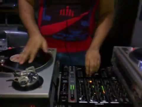DJ MARCO DUSCH MIXANDO AO VIVO NO DISCO PLANET 2014/08/24