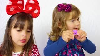 LAURINHA BRINCANDO DE DESAFIO BOIA OU AFUNDA - Sink or Float for Kids Science Experiments