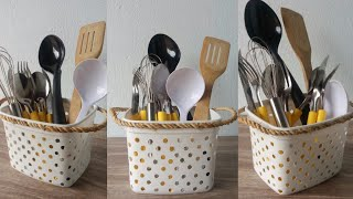Reutilizando pote de margarina porta talheres