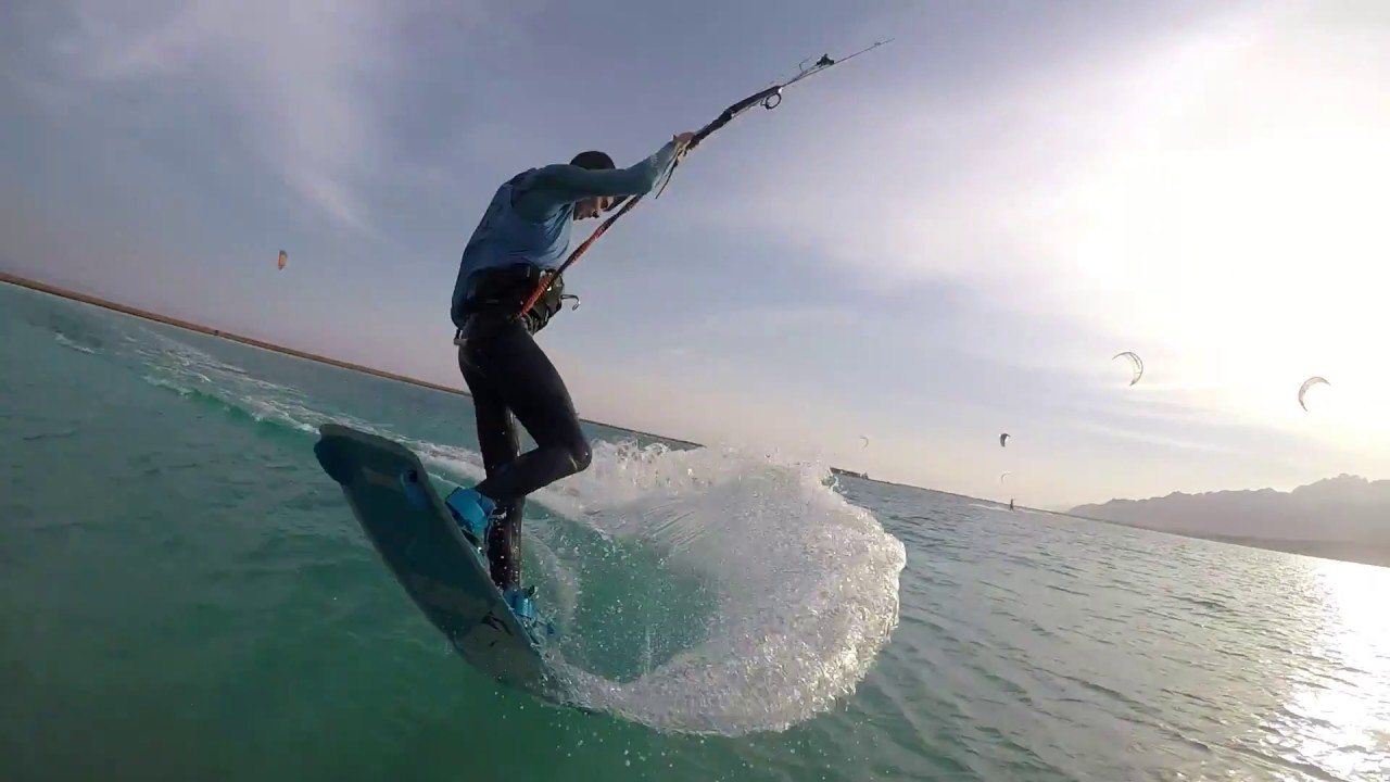 Sinai : Kitesurfing in the lagoon - May Sever