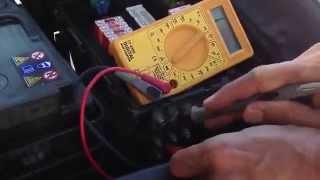 Tuto régler un problème électrique dans sa voiture ne recharge plus la batterie