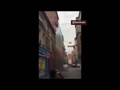Zeytinburnu'nda bina'nın çökme anı
