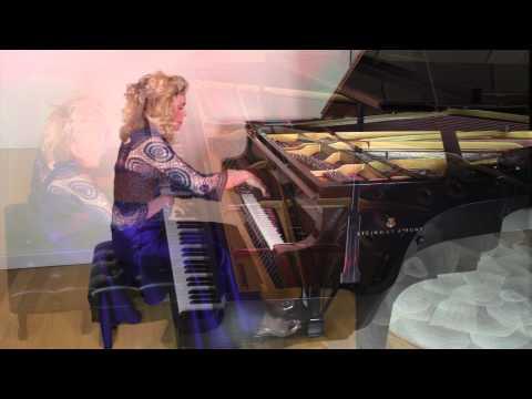Beethoven: Für Elise (Performance Video)