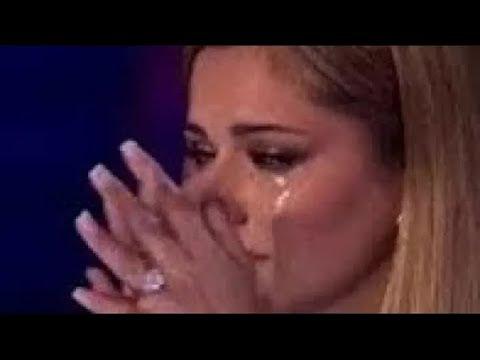 Она поет для своего умирающего отца... Зал в слезах