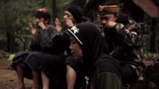 KARINDING ATTACK • live on Gunung Karimbi - Stafaband