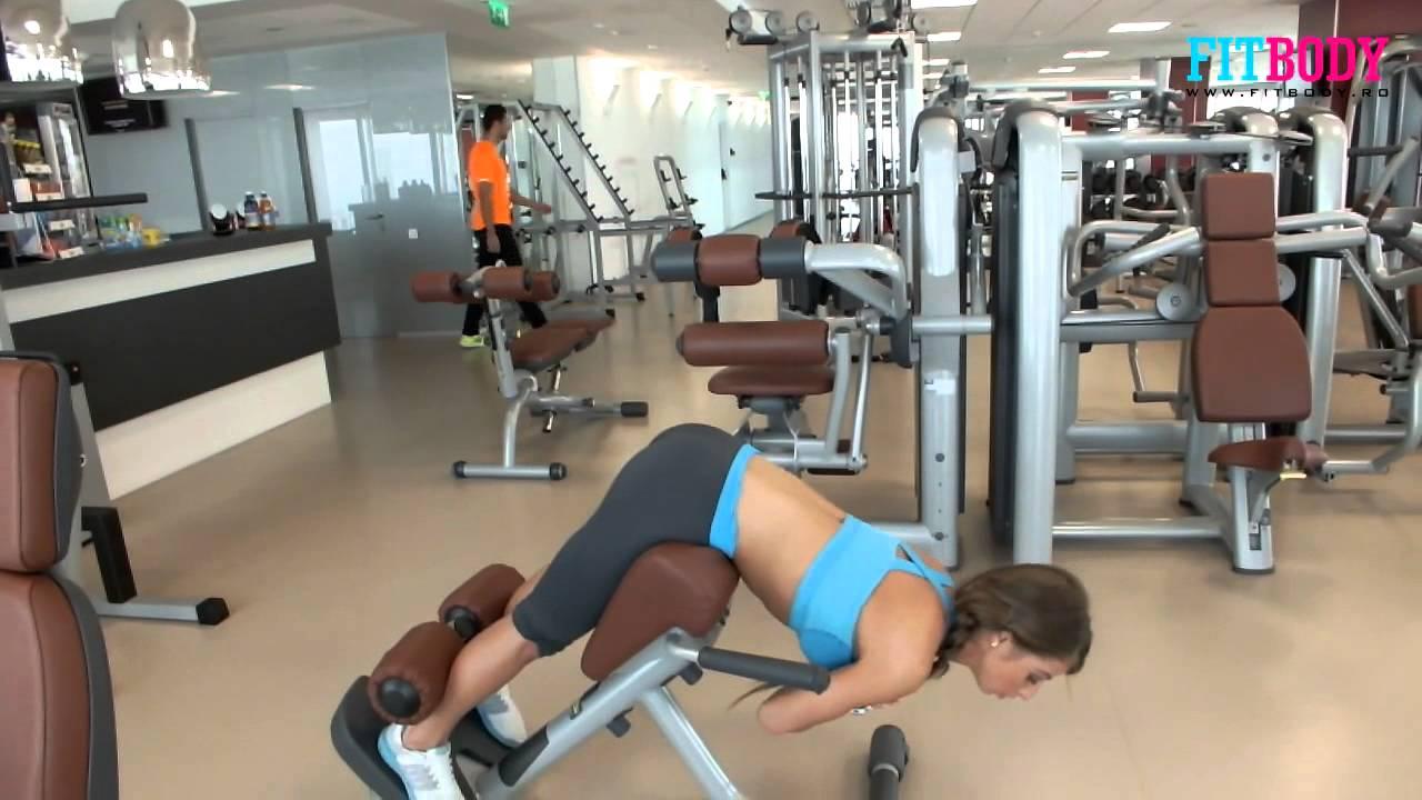 exercitii fitness femei sala