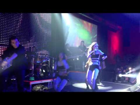 Gülşen - Yurtta Aşk Cihanda Aşk  Canlı Performance