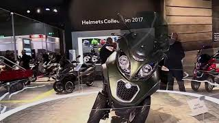 2018 Piaggio MP3 Business 300 Complete Accs Series Lookaround Le Moto Around The World