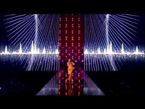 Kylie Minogue - Can't Get You Out of My Head (The X Factor UK 8.12.2012)