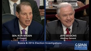 Jeff Sessions' HEATED EXCHANGE with Ron Wyden During the Trump-Russia Senate Intelligence Hearing Free HD Video