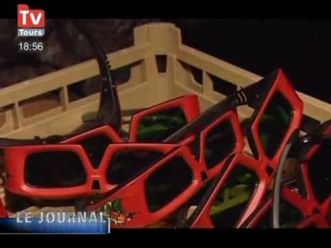 une nouvelle attraction 4d au futuroscope de poitiers youtube. Black Bedroom Furniture Sets. Home Design Ideas